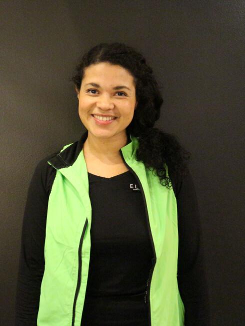 PERSONLIG TRENER: Angelica Bjørnestad forklarer at kettelbell har flere positive sider. - Det som er gunstig med kettlebell er at det krever både i kondisjon, styrke og bevegelighet, i tillegg til stabilitet. Foto: Privat