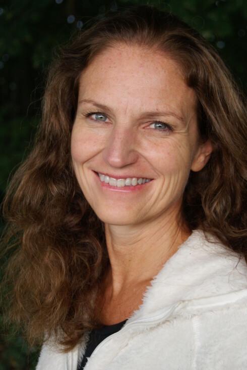 EKSPERTEN: Gunn Helene Arsky er ernæringsfysiolog cand. scient i BAMA gruppen AS, og forfatter av boken «Spis deg ung».  Foto: Foto: Spis deg ung/Arsky, Cappelen Damm.