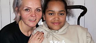 - Dagen før 2-årsdagen oppdaget de at datteren min hadde en svulst nederst i ryggsøylen