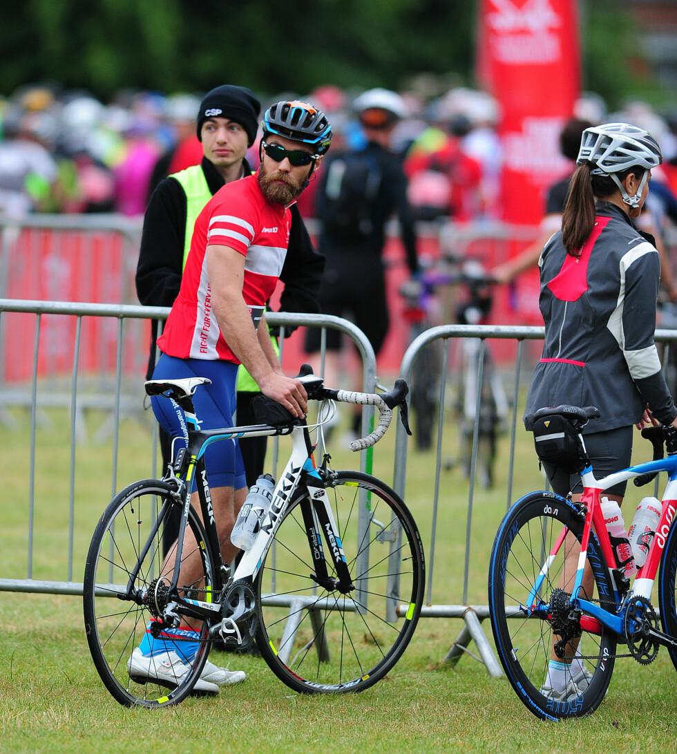 SPORTY: Både Pippa og James Middleton er svært aktive og her har de akkurat gjennomført et sykkelrace i forbindelse med en veldedighetstilstelning i London sommeren 2015. Pippa deltok for øvrig på det populære skirennet Birken i Norge i fjor. Foto:  Foto: NTB Scanpix