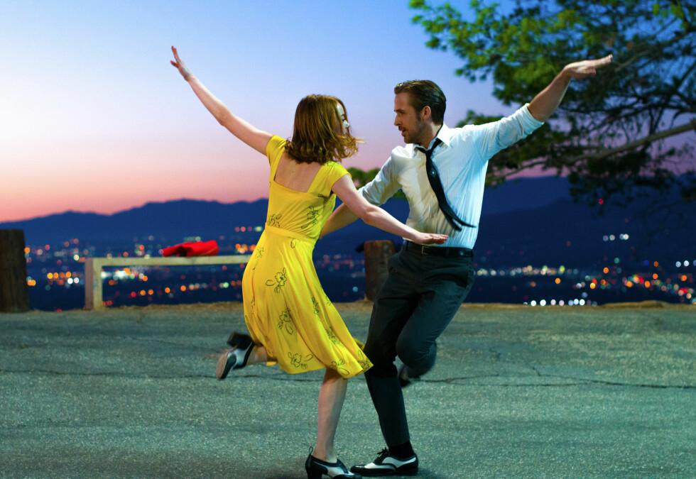 FEELGOOD: Elsker du musikalfilmer er «La La Land» filmen for deg! I hovedrollene finner vi Emma Stone og Ryan Gosling. Foto:  Foto: NTB Scanpix