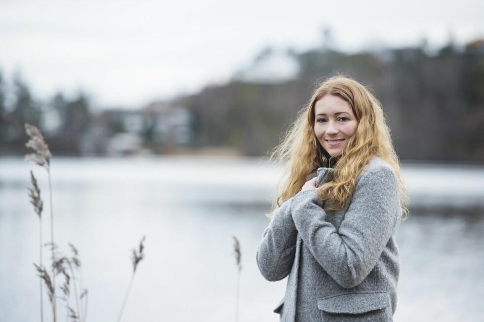 <strong>STERK:</strong> Lise Gimre har ikke latt seg knekke av sin vanskelige barndom og alle nedturene hun har opplevd gjennom livet. Foto:  Foto: Anders Martinsen