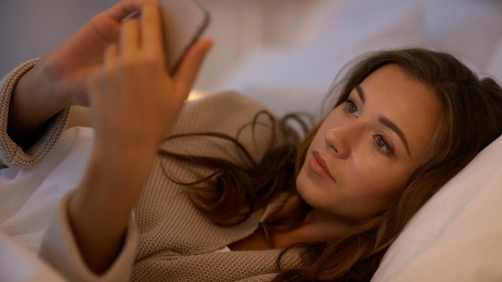TINDER: Hvordan kan du egentlig avsløre hva en fyr vil på Tinder?  Foto: Shutterstock / Syda Productions
