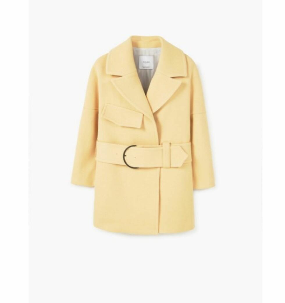 <strong>Jakke fra Mango   kr 899   http:</strong>//shop.mango.com/NO-en/p1/woman/clothing/coats/coats/maxi-belt-coat?id=81090239_15&n=1&s=mss_she&ts=1490174582719