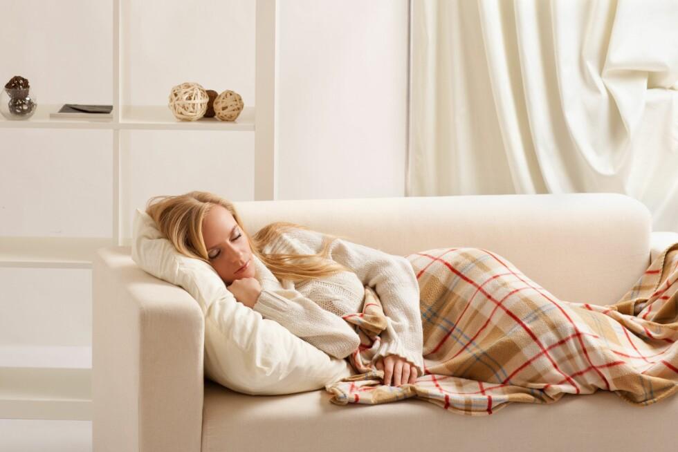 IKKE TA EN MIDDAGSLUR: Ifølge søvneksperten bør du unngå å sove midt på dagen. Er det absolutt er nødvendig, sov maks i 20 minutter. Foto: Shutterstock / Vasiliy Koval