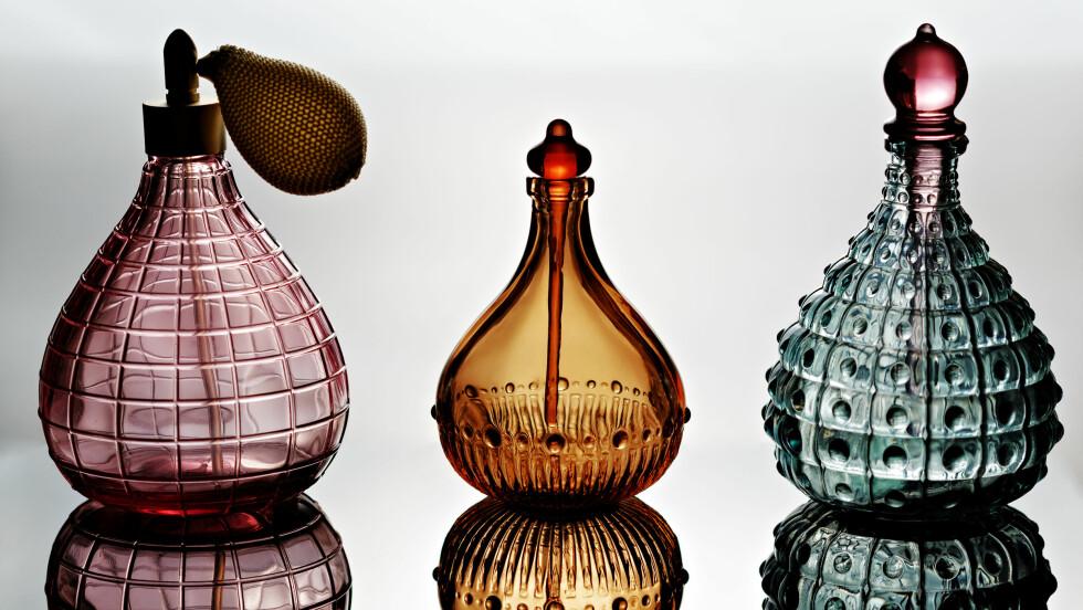 PARFYME: Det er sju feil vi stadig gjør når det kommer til parfymen vår. Foto: Shutterstock / Roka