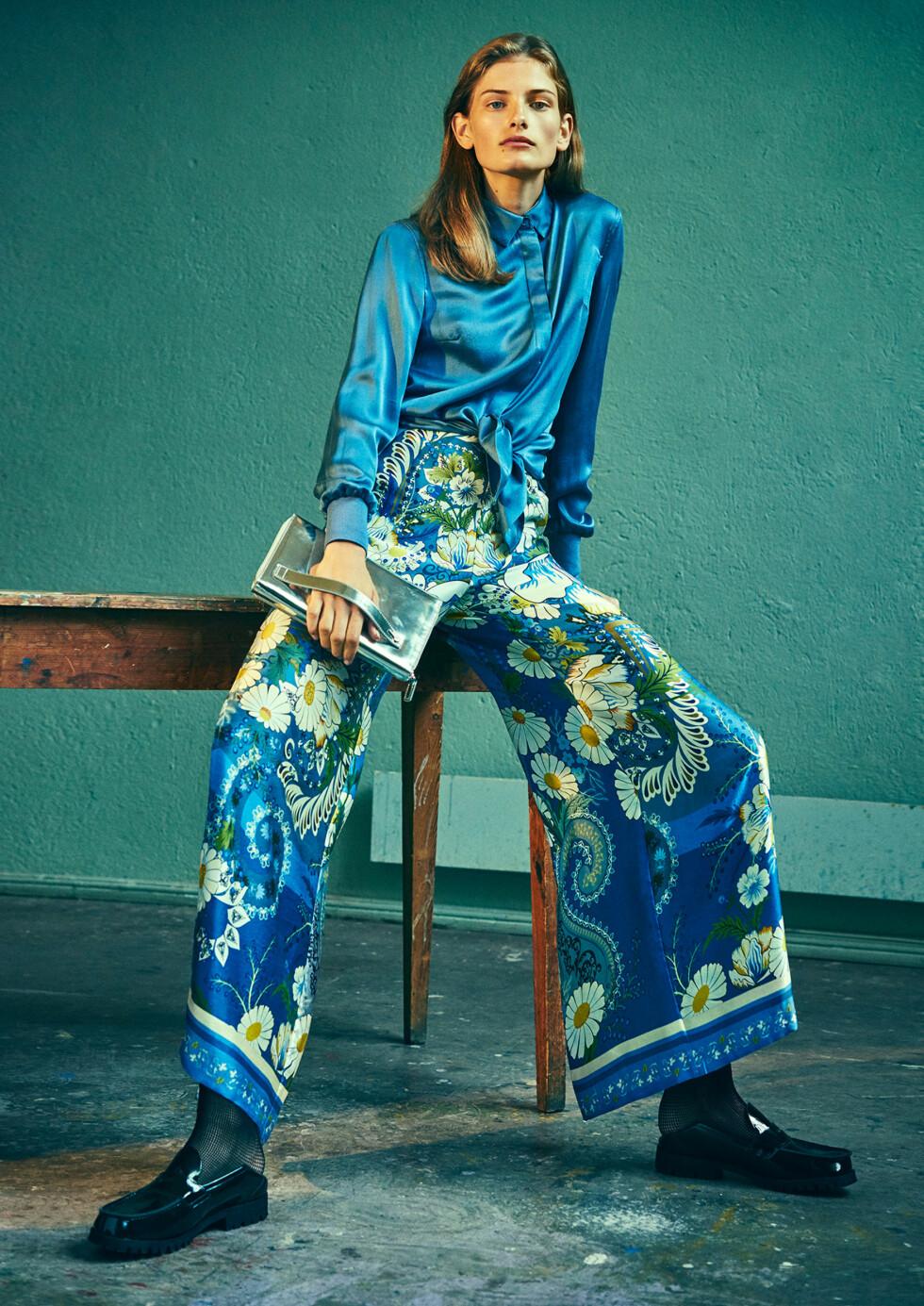 HOLZWEILER SS17: Designer Maria Skappel Holzweiler anbefaler å style silkebuksene sammen med en mer avslappet overdel også. Foto: Holzweiler