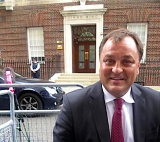 EKSPERTEN: Vi har tatt en prat med den anerkjente britiske kongehuseksperten Robert Jobson, som blant annet har skrevet boken «Diana: Closely Guarded Secret». Han driver også nettstedet The Royal Editor. Foto: Foto: privat