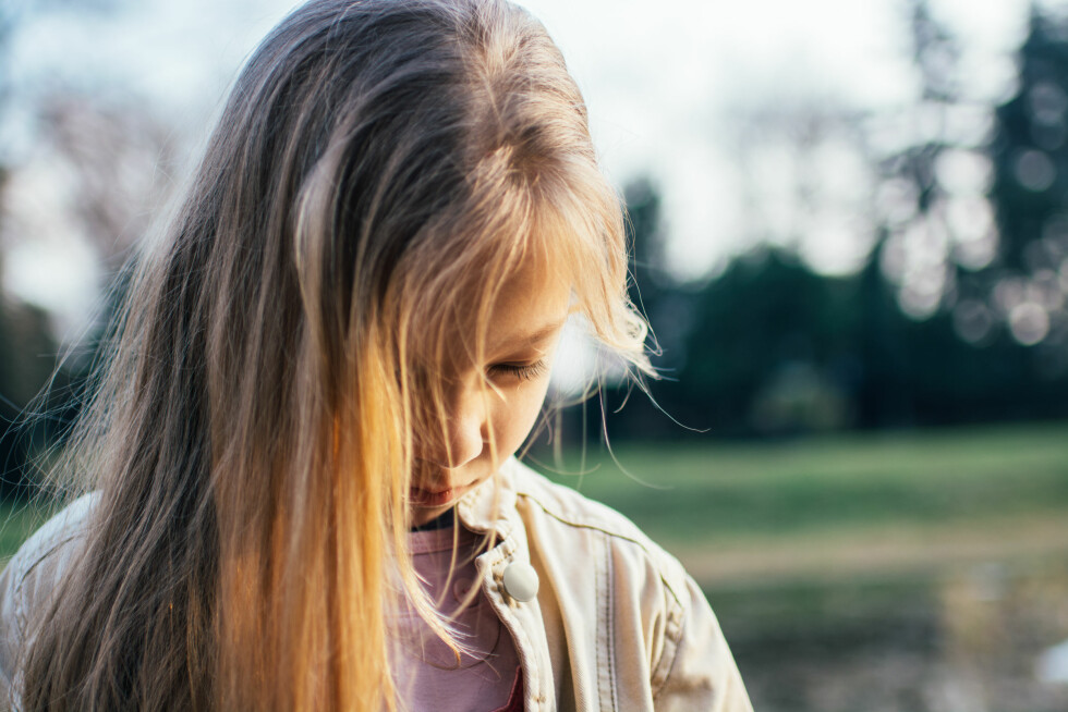 SELEKTIV MUTISME: Det regnes at cirka én prosent er rammet av selektiv mutisme, og det er litt flere jenter enn gutter. Foto: Shutterstock / MilanMarkovic78
