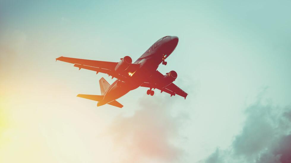 <strong>BILLIGE FLYBILLETTER:</strong> Ifølge ekspertene lønner det seg å bestille flybilletter i god tid i forveien.  Foto: Shutterstock / Yulia Grigoryeva
