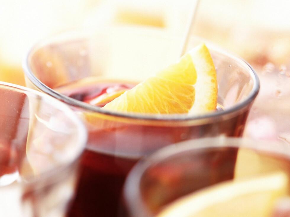 Det finnes heldigvis drinker som gjør at du kan være med på festen uten å spolere hele slankekuren.         Foto: colourbox.com
