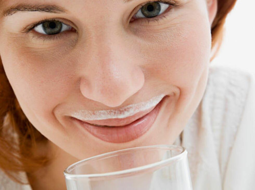 DRIKKER DU IKKE MELK?: Er du blant dem som ikke bruker melk eller melkeprodukter bør du spise veldig mye grønnsaker for å få dekket kalsiumbehovet, helst tre til fire ganger mer enn gjennomsnittet gjør i dag.  Foto: Colourbox