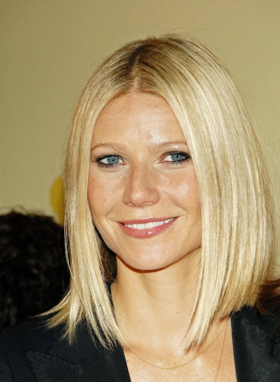 En lang bob som Gwyneth Paltrow har her passer godt til runde ansiktsformer, for den vil smalne ansiktet. Den fungerer fint for både glatt og krøllete hår. Har du firkantet ansikt er det bedre å ha noen oppklippete lengder som vil gjøre uttrykket mykere. Foto: All Over Press