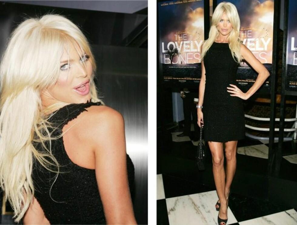 DENNE KJOLEN GJØR STOR SUKSESS: Victoria Silvstedt i en enkel, svart kjole med glitter. På beina har hun svarte sandaler med peeptoe. - Påkledd og elegant, lyder dommen på Trendtoppen. 85 prosent elsker dette antrekket.