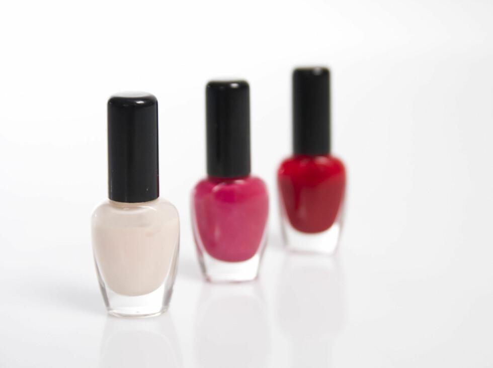 30 PROSENT av all neglelakk inneholder toluen - et stoff som blant annet kan skade reproduksjonsevnen. Foto: Colourbox.com