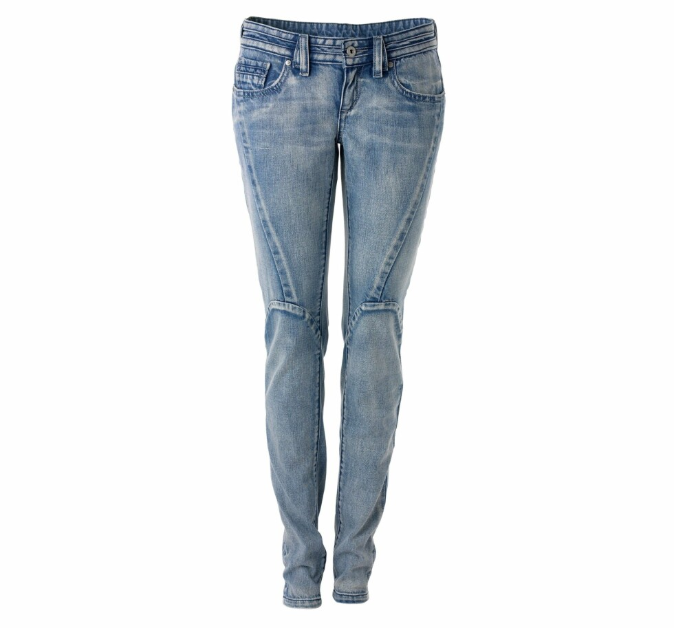 Trange lyse jeans (Mango).