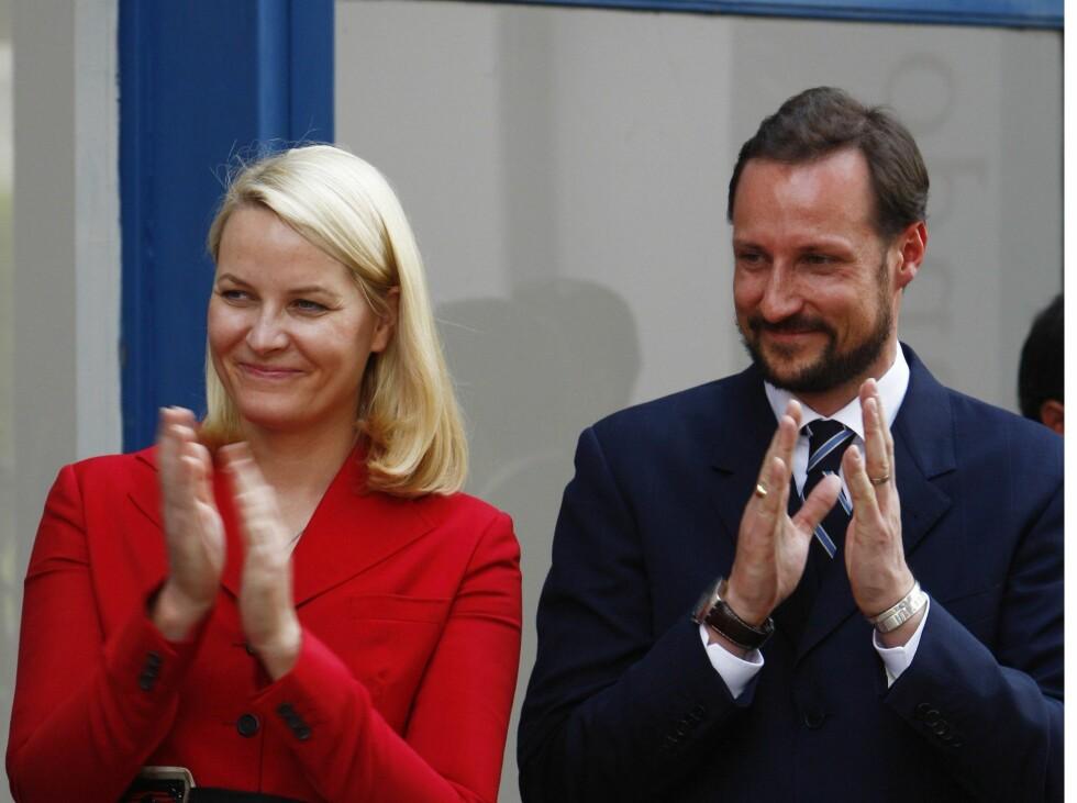 KLISS LIKE: Kronprins Håkon og kronprinsesse Mette-Marit. Foto: All Over Press