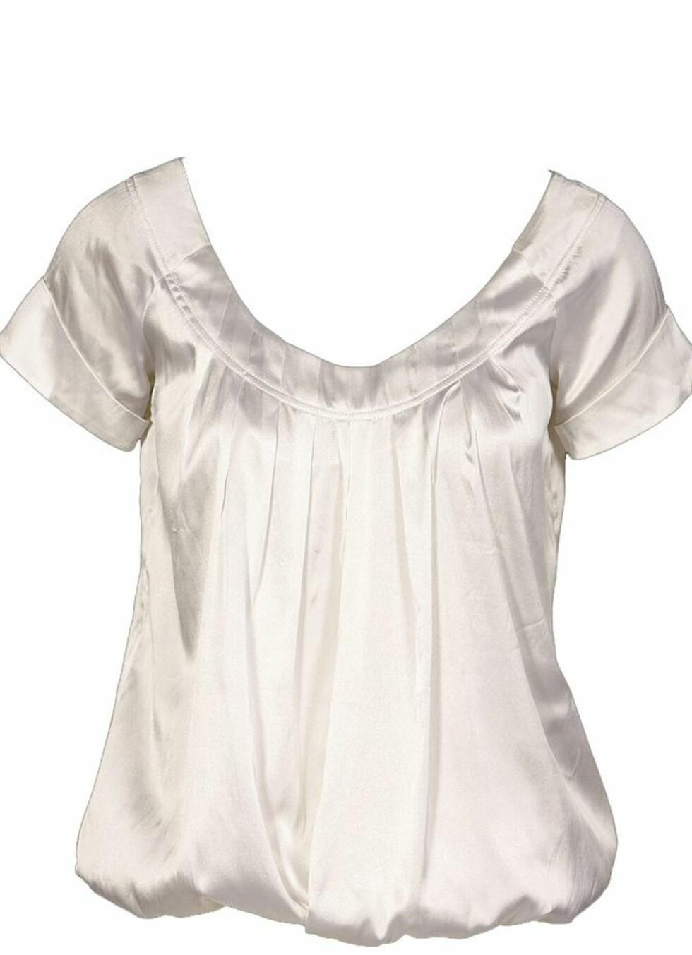 I silke (kr 1800, Gant).