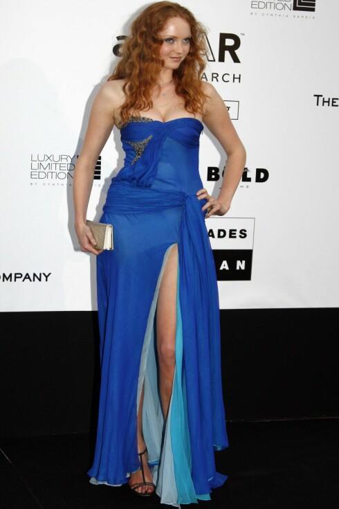 FRESH FARGE: Supermodell Lily Cole strålte i sin flagrende blå kjole med høy splitt på Cannes-festivalen nylig. (Foto: All Over Press) Foto: All Over Press
