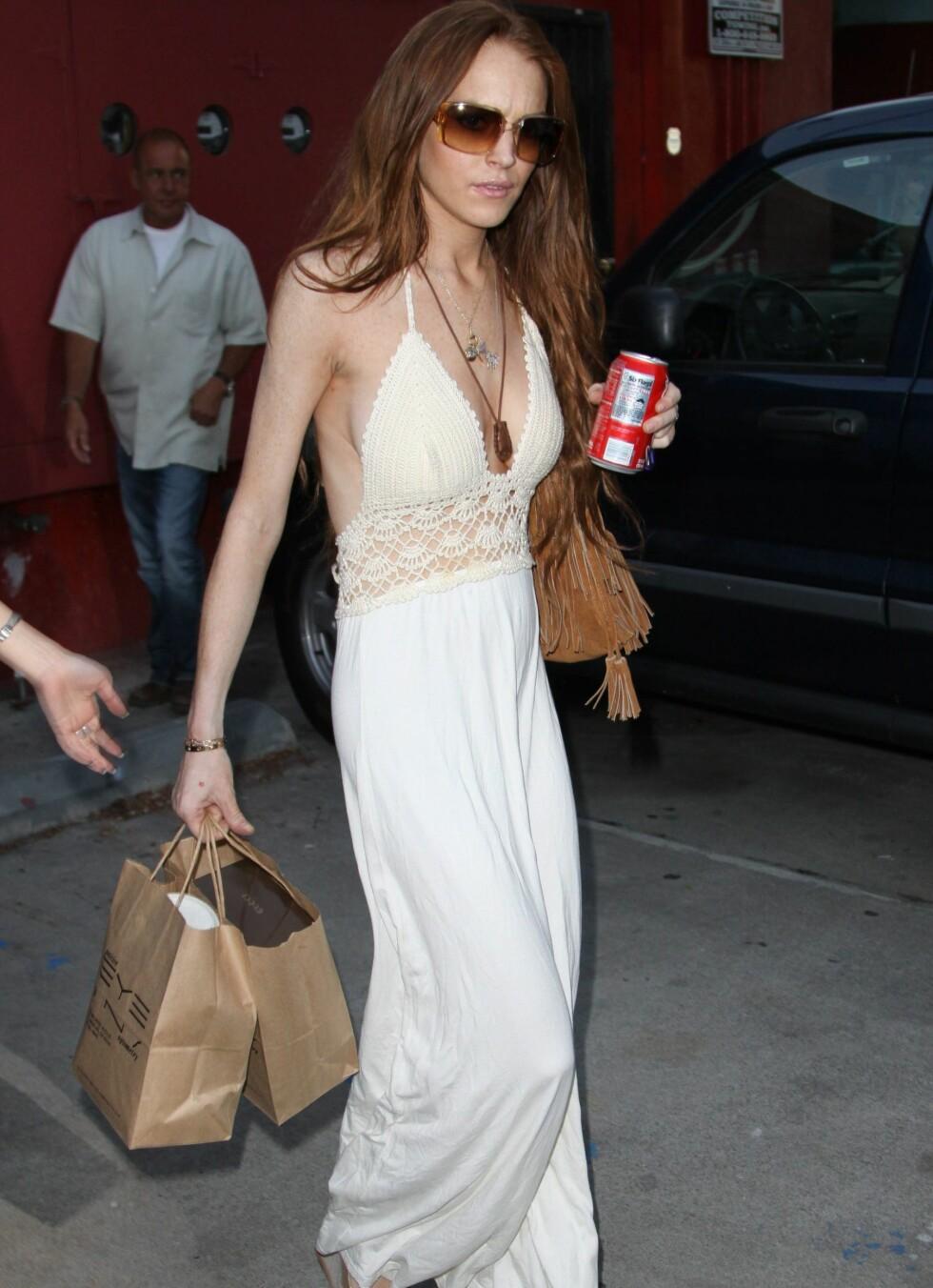 Mange begynner gjerne å trøstespise når de har kjærlighetssorg - for skuespiller Lindsay Lohan har det vært stikk motsatt etter at kjæresten slo opp med henne. Foto: All Over Press