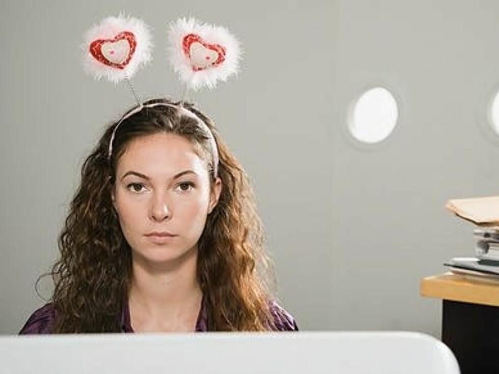 Flesteparten av oss har truffet på folk som ikke helt er den de utgir seg for å være på nett, ifølge studien. Foto: Image SourceAll Over Press