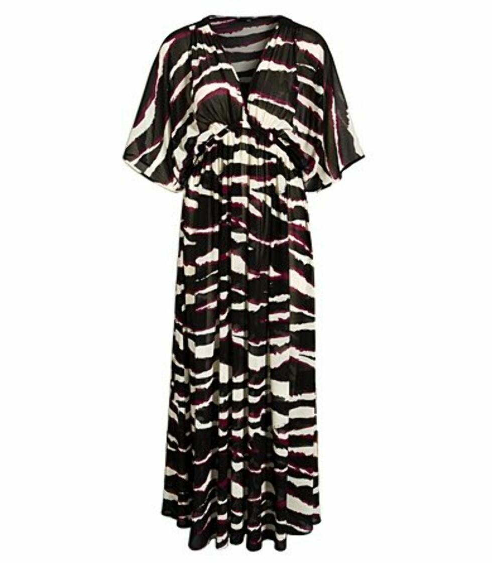 FUNKY: Flagrende kjole i 70-tallsstil med høyt liv (kr 200, H&M).