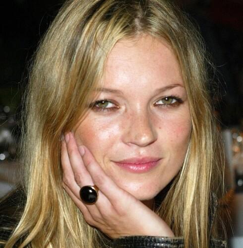 AVSTAND: Et av vår tids største trendsettere, Kate Moss, har god avstand mellom øynene. Foto: All Over Press