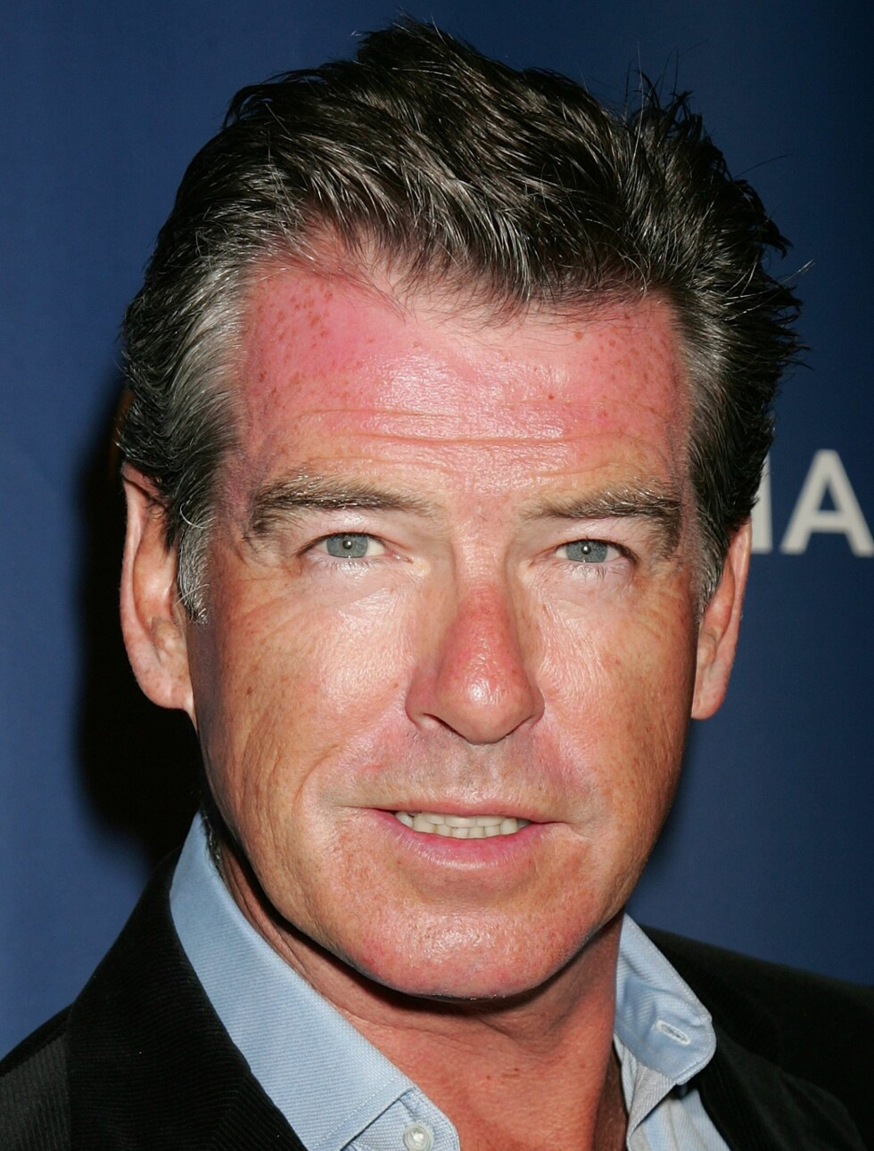 Pierce Brosnan, selveste James Bond, får ikke bare anerkjennelse for sin stil, men også for sin innsats for miljøet. I 2004 ble han kåret til verdens best kledde miljøaktivist av The Sustainable Style Foundation. Han sitter også i styret til Environmental Media Association. Foto: All Over Press