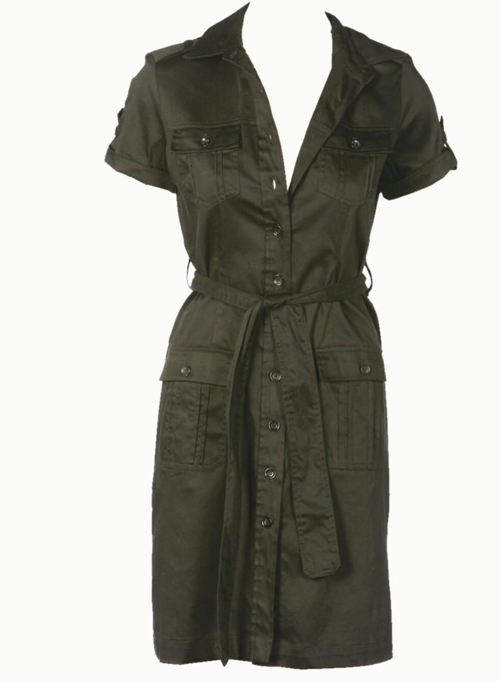 <strong>FLATTERENDE:</strong> Skjortekjole som former seg etter kroppen og gir midje (kr 700, Oasis).