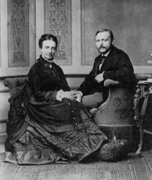 Richard von Krafft-Ebing, her med sin kone, mente at sex kun skulle utøves ved reproduksjon.