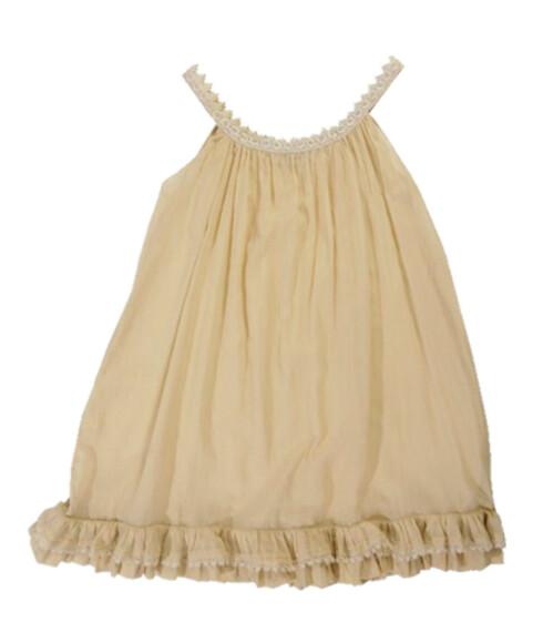 Den florlette kjolen kan trygt brukes på sommerens fester (kr 900, Cathrine Hamme).