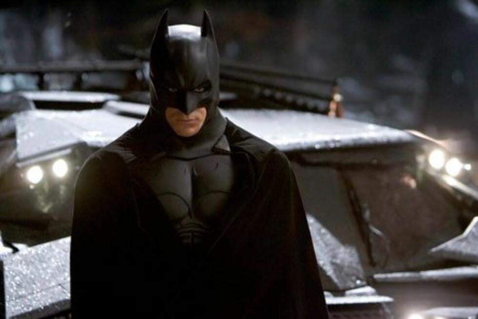 (Foto: Filmweb)Favoritthelt: BatmanHva det forteller om ham:Batman - alias Bruce Wayne - eier alle autofiles våte drøm, dater supermodeller og har så mye gryn at han kan bruke det som dorull. At mange gutter har en hemmelig drøm om å være Batman, er derfor ikke akkurat noen overraskelse. Flaggermusmannen har imidlertid også en mørkere side. Foreldrene hans ble blant annet myrdet av kriminelle - som er selve hovedårsakene til at han bestemte seg for å gå inn i superheltbransjen i det hele tatt. Batman liker ikke å slippe folk for nært innpå seg og er stort sett en ensom ulv. Hvis kjæresten din foretrekker denne bevingede helten, har han trolig tonnevis av sexappeal, men har muligens noe vanskelig for å åpne seg.