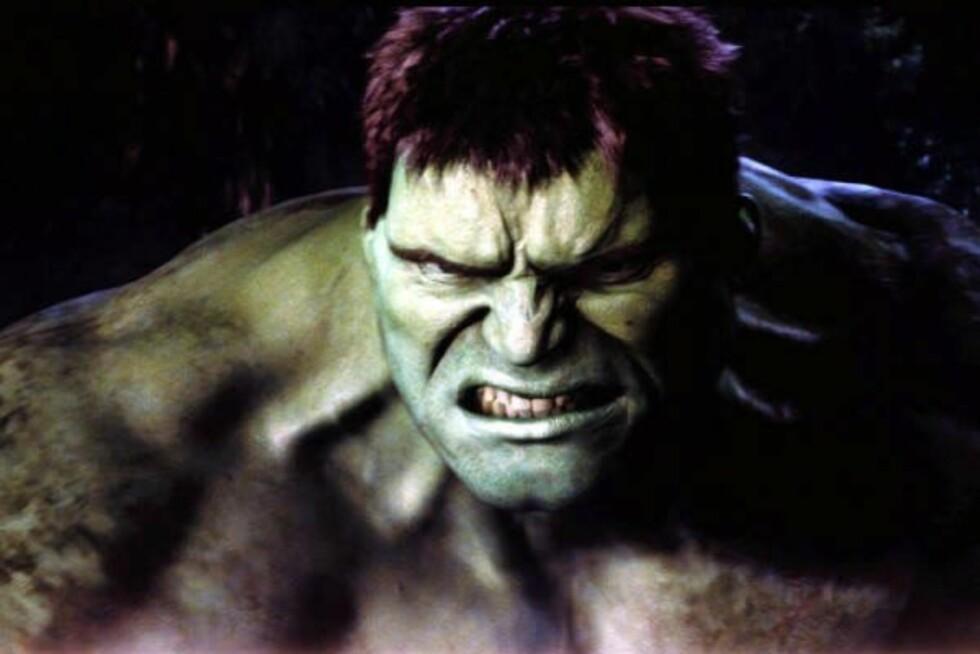 (Foto: Filmweb)Favoritthelt: HulkenHva det forteller om ham:Denne superhelten forvandler seg fra stille, reserverte Bruce Banner til den enorme, irrgrønne Hulken hver gang han blir sinna. Det høres gjerne skummelt ut, men det er ingen grunn til å uroe seg. Hulken er egentlig godhjertet, det er bare følelsene som tar litt overhånd av og til. En fyr som har Hulken som sin helt er gjerne veldig opphengt i følelser – og han kan hisse seg voldsomt opp til tider. I så fall vil det beste være å gi ham litt tid til å roe seg ned.