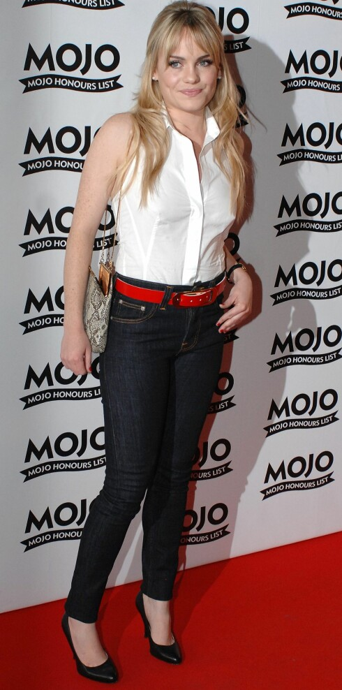 ROCKABILLYGIRL: Det nye soul-stjerneskuddet sverger til trange jeans, svarte pumps og kortermede skjorter i 60-tallsstil. En stil som ikke er helt ulik den stjernen hun gjerne sammenlignes litt med - Dusty Springfield. Foto: All Over Press
