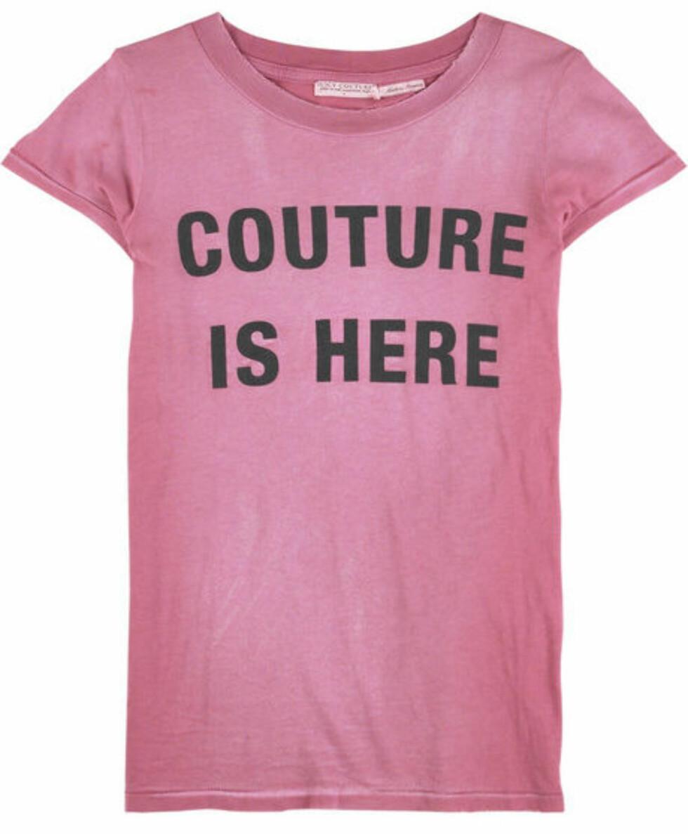 Nettbutikken Net-a-porter.com har ulike designmerker, blant annet Juicy Couture. Denne koster 624 kroner.