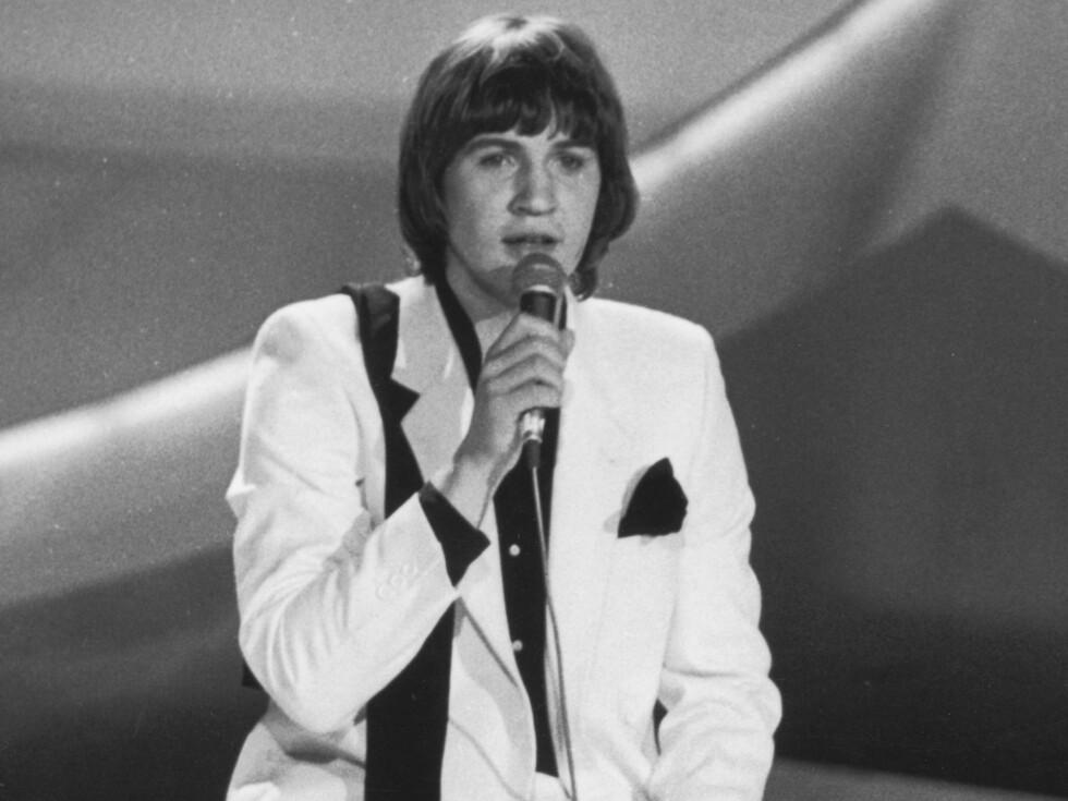 Den irske fløtepusen Johnny Logan vant Grand Prix i 1980 med låten «What's Another Year?»  - og smeltet kvinner over hele Europa. Foto: All Over Press