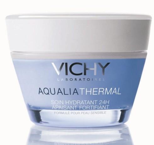 Vichy Aqualia Thermal (kr 179/50 ml). Fuktighetskrem basert på kildevann. Selges på apoteket i to varianter: Light - for normal/blandet hud og rich for normal/tørr hud.