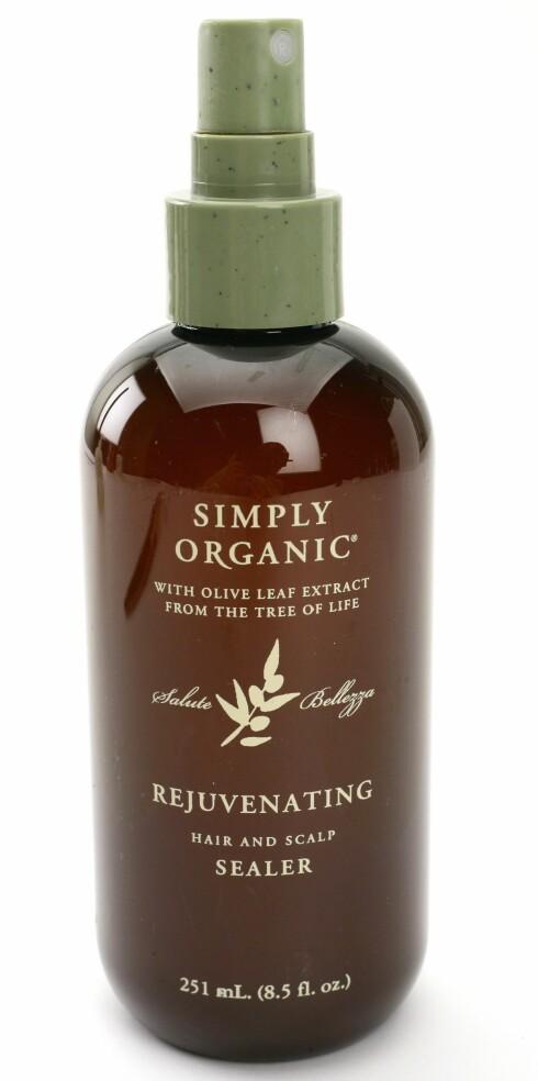 Simply Organic  dufter mildt og rent. Gode sjampo- og balsam-sett for tørt og farget hår. Moisture Rich Wash (kr 200) Moisture Rich Rinse (kr 200) Retreat, Sealer (kr 200)