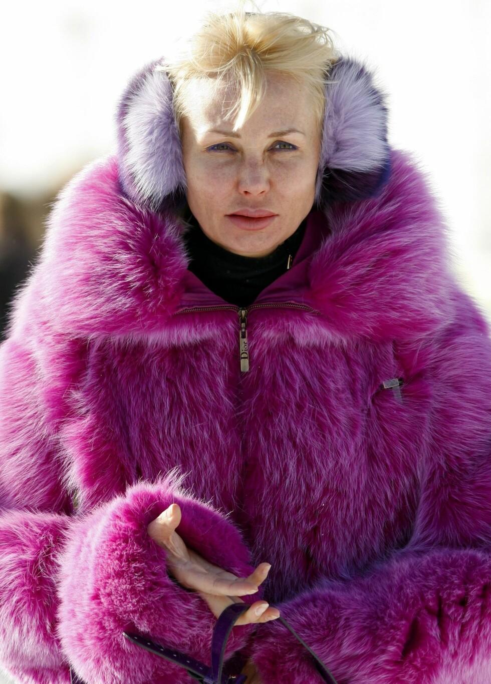 I sjokkrosa pels på ører og kropp. Foto: All Over Press