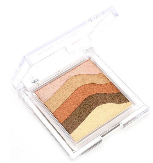 Skimrende solpudder fra Body Shop. Bruk fargene sammen eller hver for seg. Shimmer Waves (kr 220).