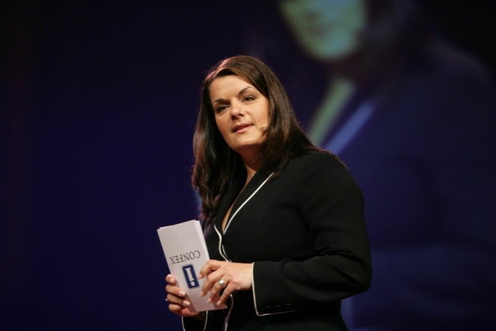 Daglig leder og gründer av Stand Up Norge, Elina Krantz, fortalte om utfordringene hun måtte gjennom for å komme dit hun er i dag. Hun måtte bo på et kontor og leve fra hånd til munn før karrieren skjøt fart.