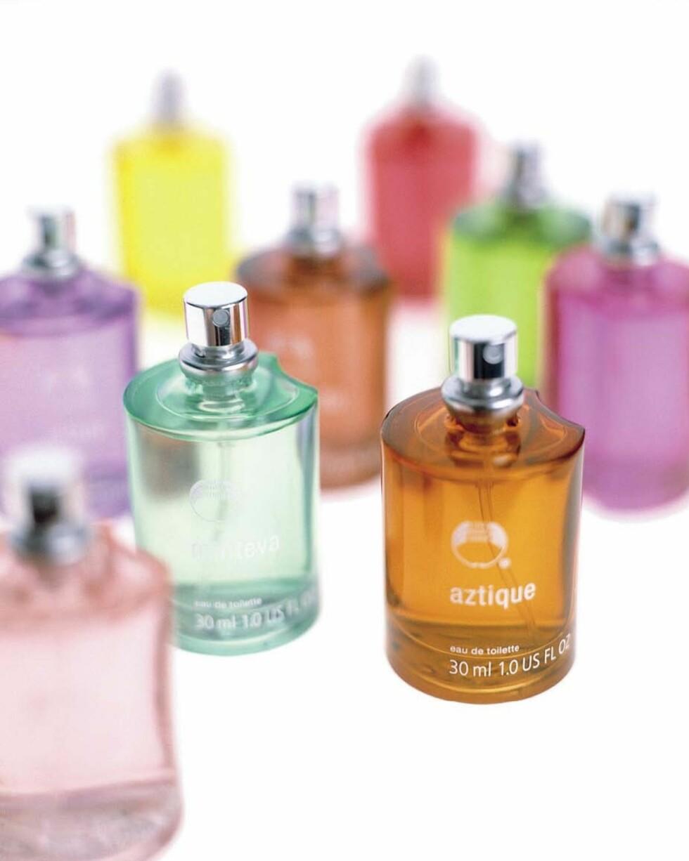 Invent Your Scent er ni friske dufter du kan mikse selv (kr 100/30 ml eau de toilette, Body Shop).