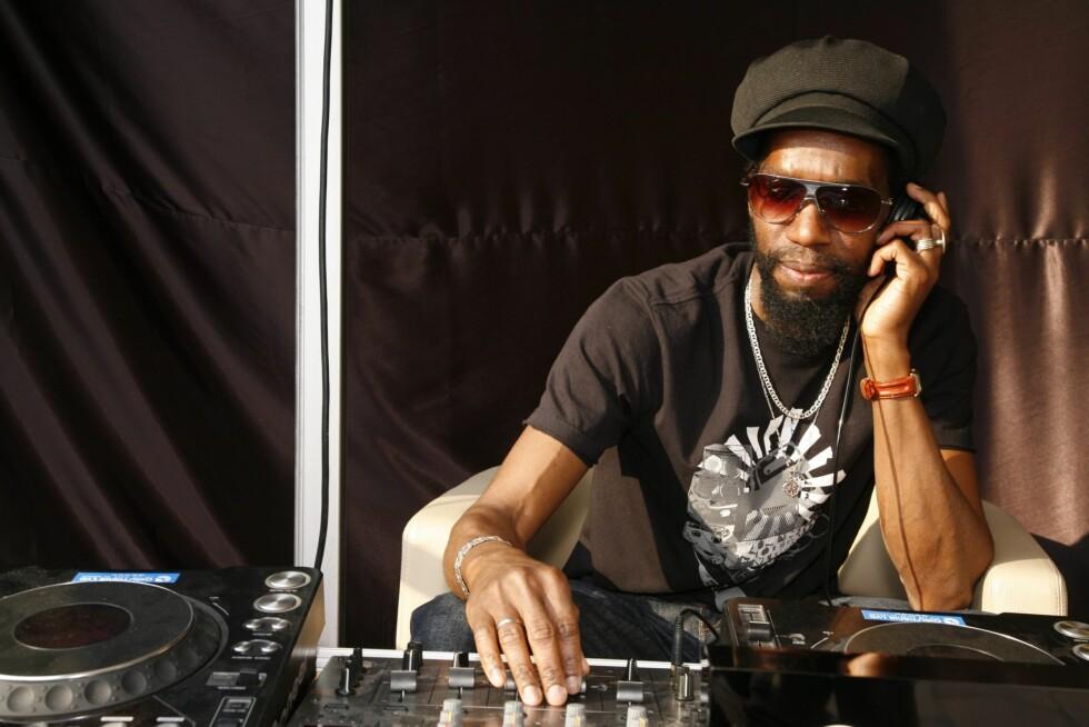 Intet party uten skikkelig DJ!