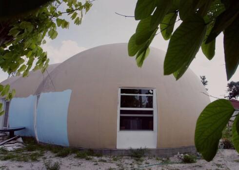 Husene er godkjent av Dome Technology i Idaho som orkansikre.
