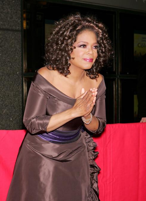 Variasjonene i Oprah Winfreys vekt har vært nøye dokumentert i mediene opp gjennom tidene. Nå ser det ut til at den 52 år gamle talkshow-dronningen har funnet formelen for å holde formen. Ved siden av å spise langt sunnere enn før, har hun blitt svoren fan av pilates, som ifølge Oprah selv gir henne en følelse av at også treningen får en dypere mening.