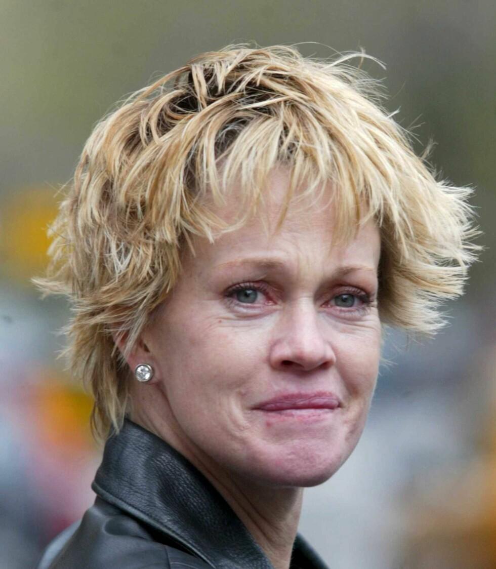 Melanie Griffith leter etter sin Antonio Banderas.