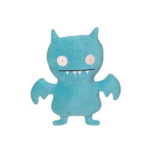 Barbie-alternativ?Uglydoll finnes som ti forskjellige kosedyr, alle håndsydde og med egen personlighet. Denne heter Ice-bat og skal visstnok være veldig selskapssyk.Ny samlerdille? (kr 350, Snefella).