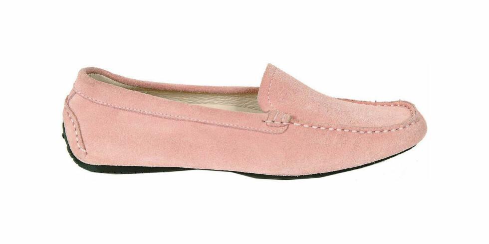 Klassisk loafer i semsket skinn (kr 1100, Gant).