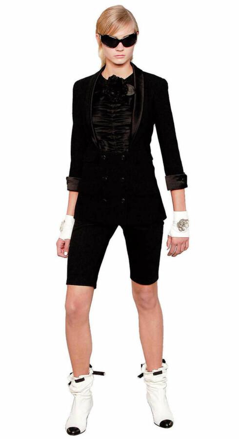 Fra catwalken: Klær som Coco selv kunne gått i, klassisk Chanel-stil.