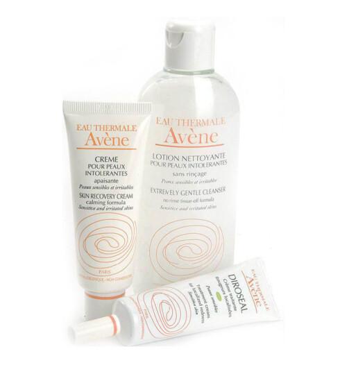 FOR SENSITIV HUD. Har dusensitiv hud, kan denne serienfra apoteket være et alternativ.Avène Extremely GentleCleanser (kr 125/200ml), SkinRecovery Cream (kr 170/40ml) ogTreatment Cream for LocalizedRedness (kr 170/30 ml).